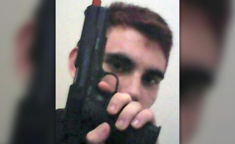 Nikolas Cruz guns