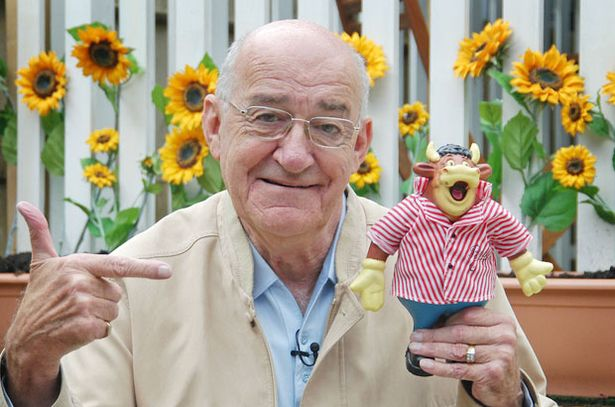 Jim Bowen Net Worth