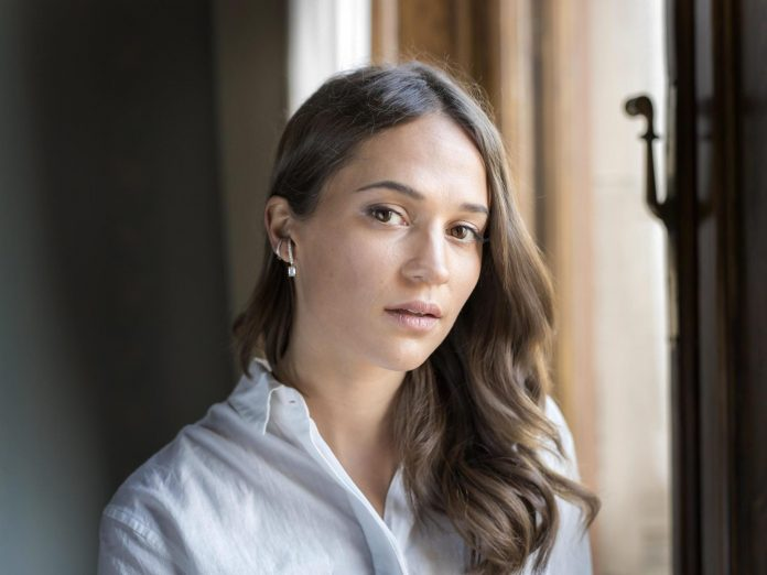 Alicia Vikander Wiki, Bio, Age, Net Worth, and Other Facts
