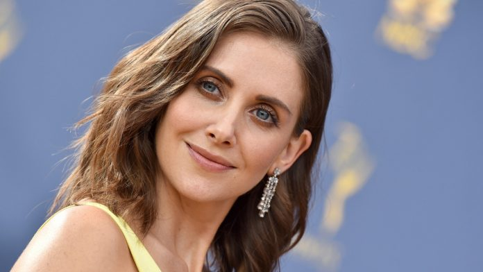 Alison Brie Wiki, Bio, Age, Net Worth, and Other Facts