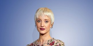 Andrea Riseborough Wiki, Bio, Age, Net Worth, and Other Facts