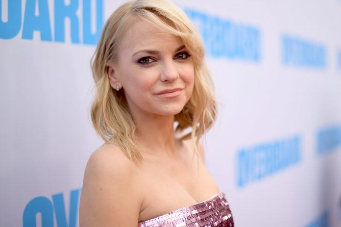 Anna Faris Wiki, Bio, Age, Net Worth, and Other Facts