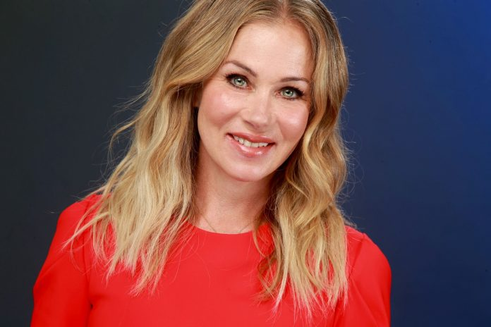Christina Applegate Wiki, Bio, Age, Net Worth, and Other Facts