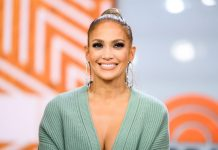 Jennifer Lopez Wiki, Bio, Age, Net Worth, and Other Facts