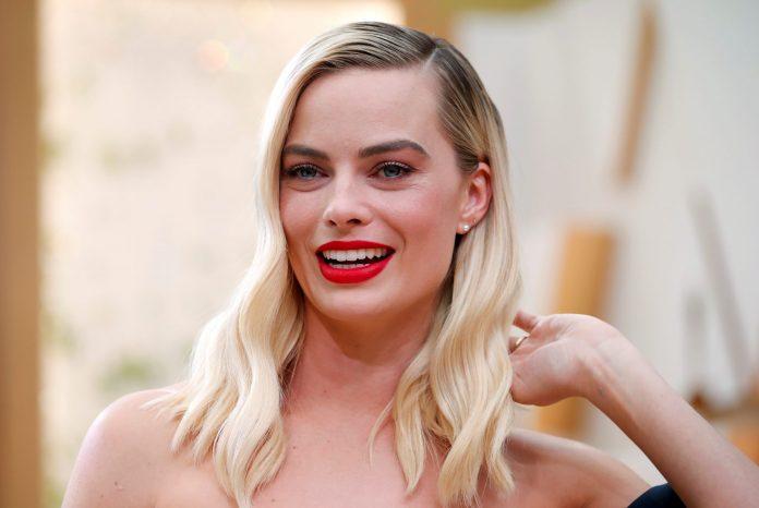 Margot Robbie Wiki, Bio, Age, Net Worth, and Other Facts