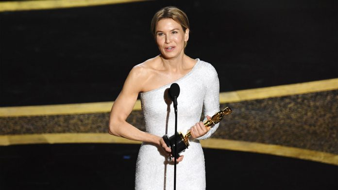 Renée Zellweger Wiki, Bio, Age, Net Worth, and Other Facts