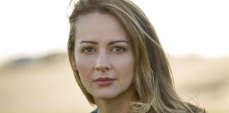 Amy Acker Wiki, Bio, Age, Net Worth, and Other Facts