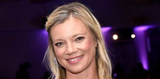 Amy Smart Wiki, Bio, Age, Net Worth, and Other Facts