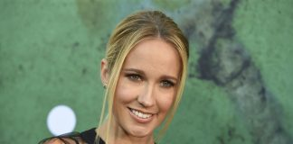 Anna Camp Wiki, Bio, Age, Net Worth, and Other Facts