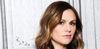 Anna Paquin Wiki, Bio, Age, Net Worth, and Other Facts
