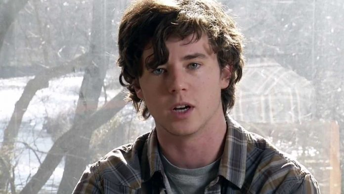 Charlie McDermott Wiki, Bio, Age, Net Worth, and Other Facts