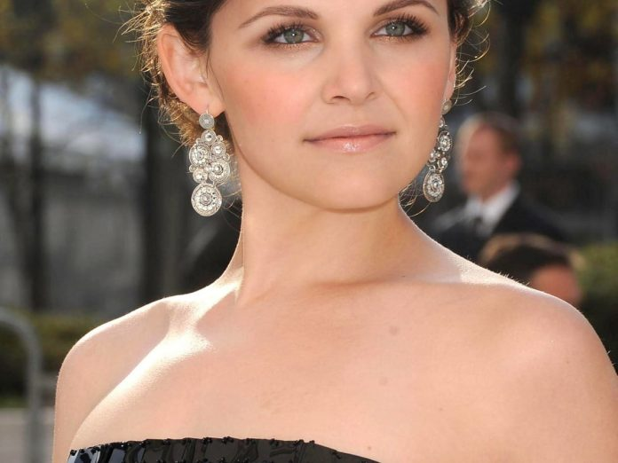 Ginnifer Goodwin Wiki, Bio, Age, Net Worth, and Other Facts