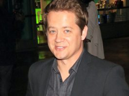Jason Earles Wiki, Bio, Age, Net Worth, and Other Facts