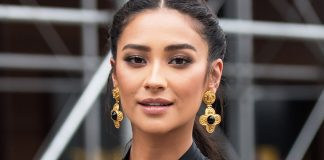 Shay Mitchell Wiki, Bio, Age, Net Worth, and Other Facts